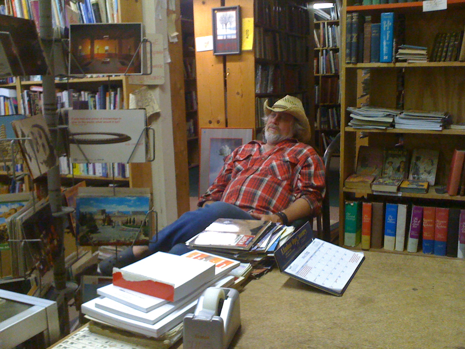 Duane relaxing at the old Cliff's Bookshop in Pasadena. Photo by Paul Hunt